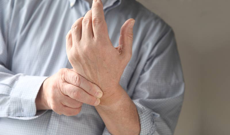 ЭНМГ верхних конечностей - что это такое, показания для проведения электронейромиографии локтевого, лучевого или срединного нерва руки, цены на обследование в Москве