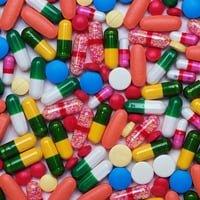 Обезболивающие при грыже позвоночника: препараты и лекарства при грыже поясничного отдела позвоночника, лечение воспаления