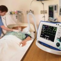 Реанимационные мероприятия при ишемическом инсульте: сколько лежат в реанимации после инсульта. Лечение инсульта в Москве