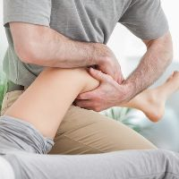 Разгибательная контрактура коленного сустава