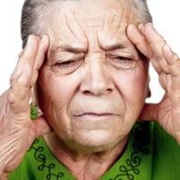 Первые признаки и симптомы инсульта головного мозга у женщин и мужчин: первая помощь. Признаки приближающегося инсульта головного мозга у женщин и мужчин старше 30, 40, 50 лет, молодых и пожилых