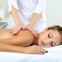 Лечебный массаж: показания, противопоказания и нюансы