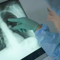 Отличие пневмонии от воспаления легких