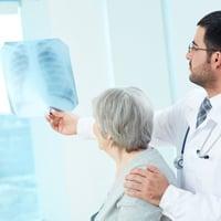 В какое отделение кладут с пневмонией детей — Простуда