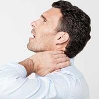 Из за шейного остеохондроза болит горло Лечение шейного остеохондроза