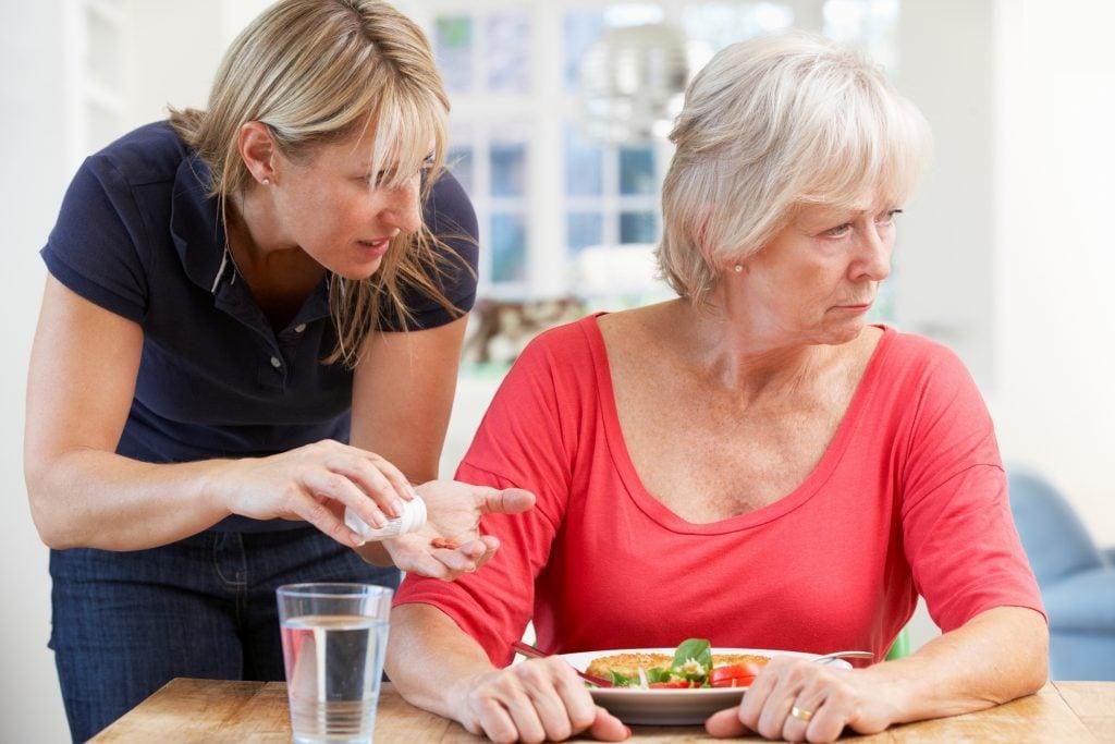 Болезнь Альцгеймера: лечение в домашних условиях