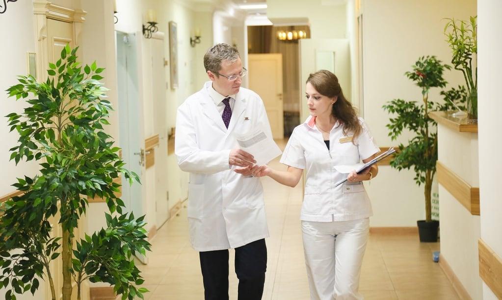 диагноз деменция, причины, первые симптомы и лечение, лечение в москве, запись на прием, цена