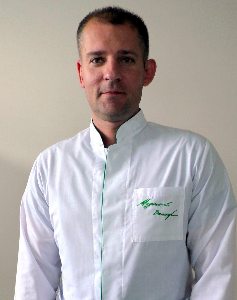 Дмитрий Николаевич Староверов, Заведующий отделением реанимации и интенсивной терапии, врач-анестезиолог-реаниматолог