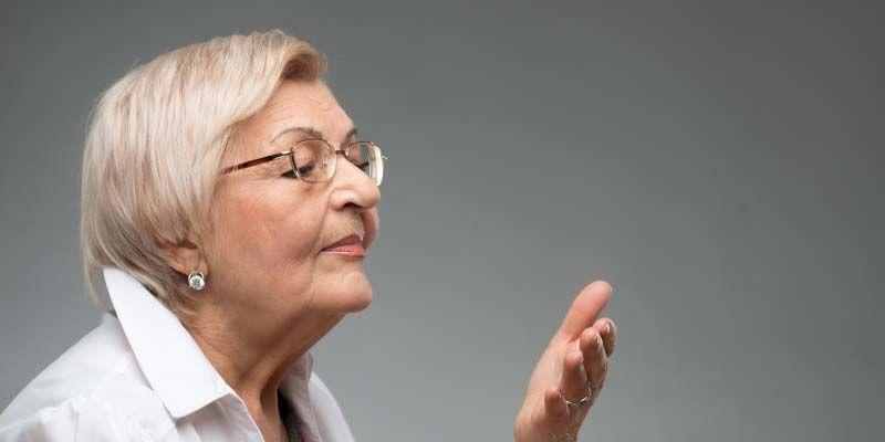Женщина, которая определяет болезнь Паркинсона по запаху