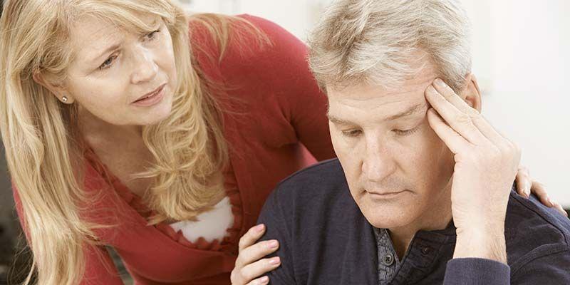 Самый большой стресс при уходе за людьми с болезнью Альцгеймера испытывают их супруги
