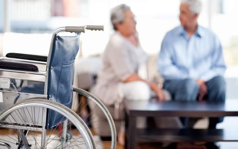 Новый неинвазивный способ стимуляции спинного мозга помогает пациентам самостоятельно передвигать ноги